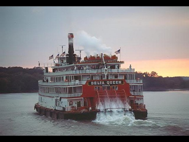 Riverboat on Tennessee River